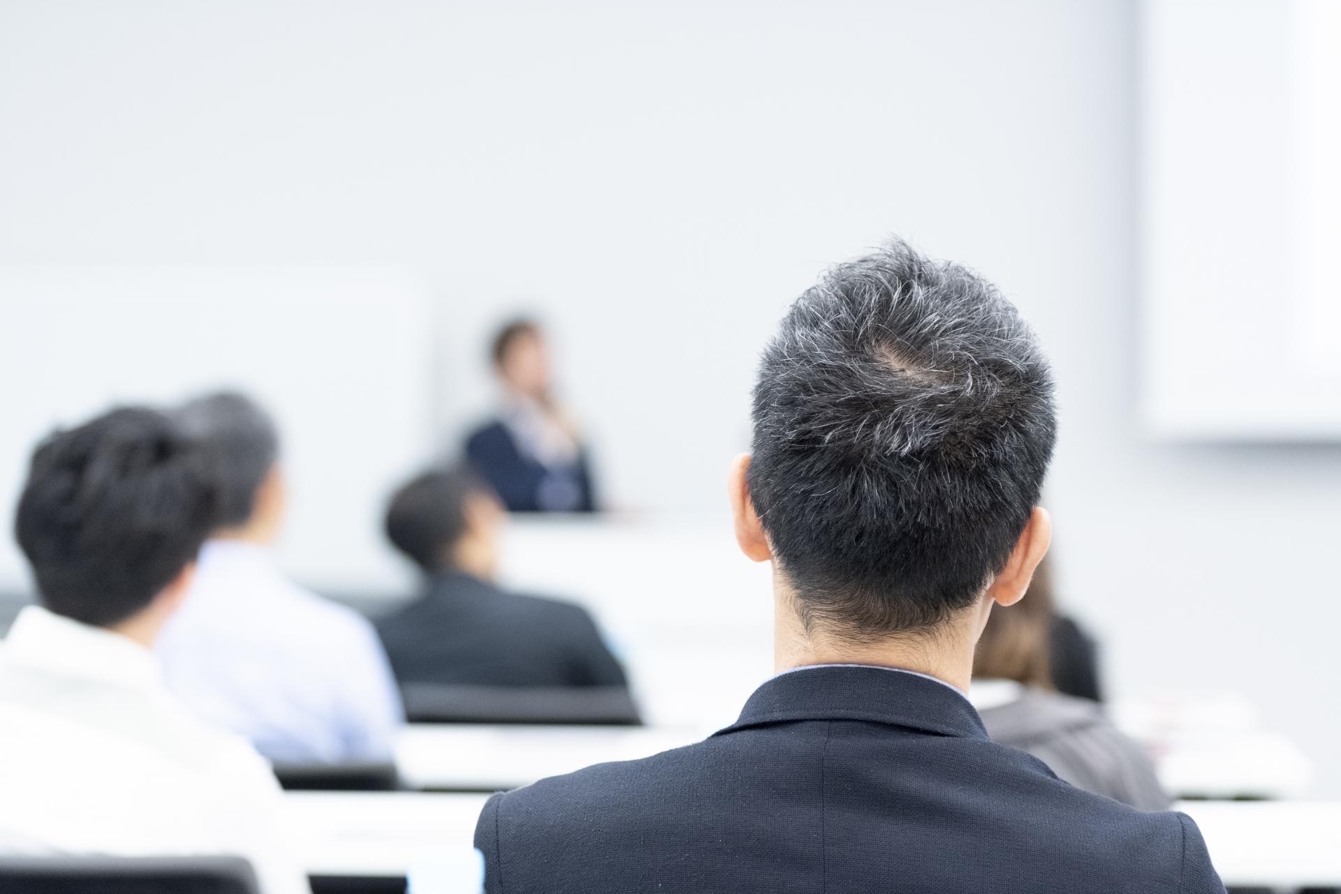 【オンライン数学家庭教師】経済学専攻の大学院生を指導