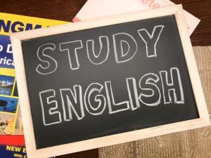 「発音学習後の徹底音読がリーディング力向上に最強な理由」を考える